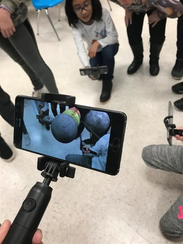 JK Students go on Google Expeditions